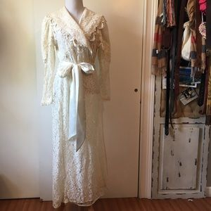 Vintage maxi Robe ribbon and lace cream size:L
